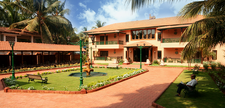 marina beach resort goa